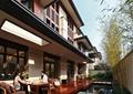 庭院景观,木平台,桌椅,沙发,水景,汀步,竹子,围墙