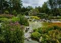 水池,驳岸,自然石