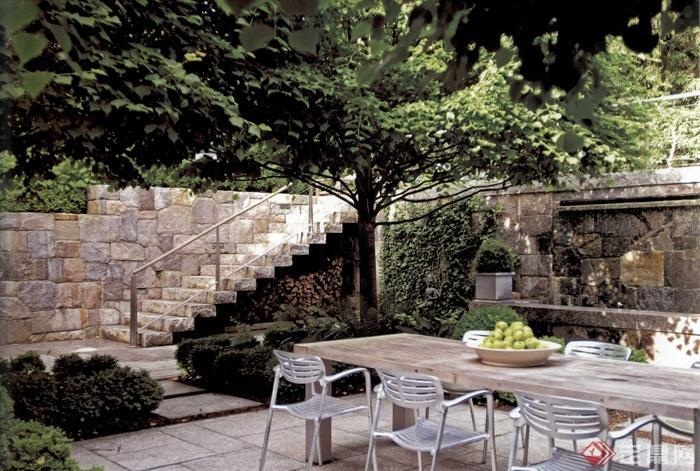 台阶,庭院,庭院景观,桌椅,景墙,水景墙