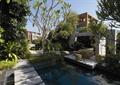 庭院景观,水池,石板汀步,石桌椅,常绿小乔木