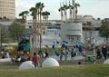 游樂場,游樂設施,草坪,管理建筑,常綠喬木