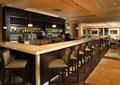 酒吧空间,酒柜,吧台,酒架,椅子