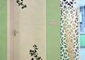 臥室門,鏤花隔斷,干枝裝飾,掛鐘