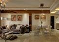 客餐厅,沙发,茶几,餐桌椅,插花摆件,背景墙,相框