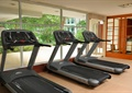 酒店,健身房,跑步機,健身器材,落地窗