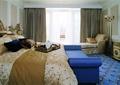 卧室,床,沙发,窗子,灯饰