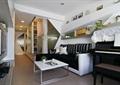 客廳,沙發,茶幾,置物架,電視墻