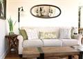 客厅,沙发,茶几,装饰画,落地灯,边几
