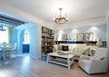 客厅,沙发,茶几,吊灯,装饰画,背景墙,书架