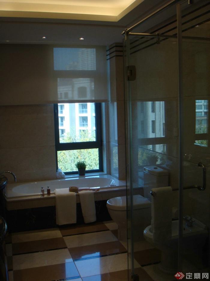 浴室,卫生间,浴缸,马桶,浴室装饰