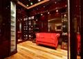 玄关,沙发,木地板